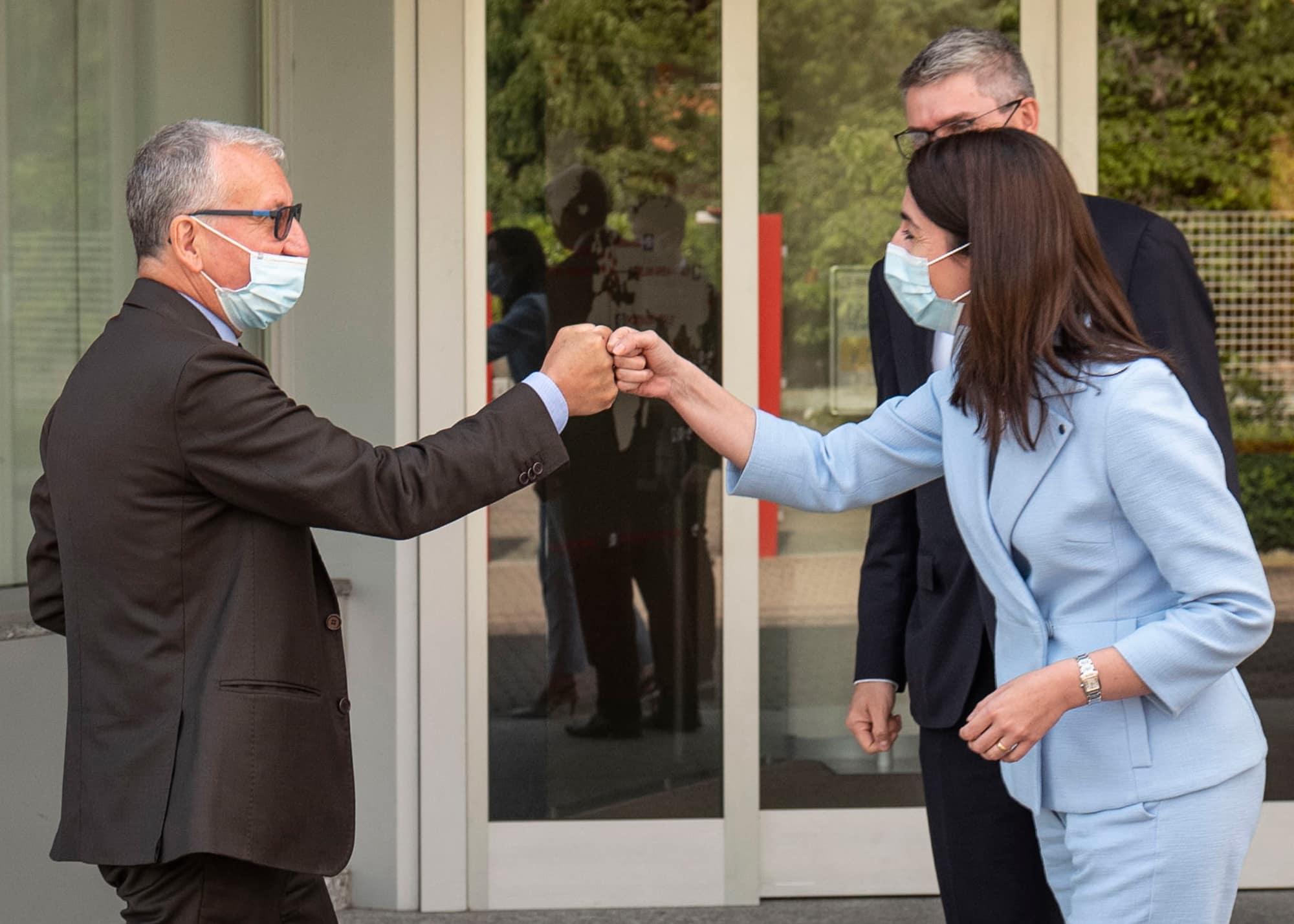 ELEMASTER WELCOME HIS EXCELLENCY, THE PREFECT OF LECCO DR. CASTRESE DE ROSA